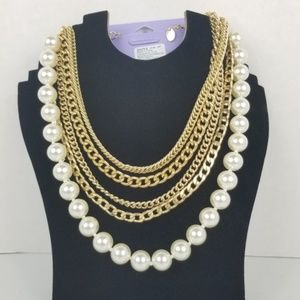 3/$15 Claire's Gold Chain & Pearl necklace NWT
